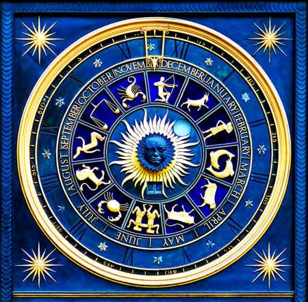 escorpio: Blue zodiac reloj de oro con deatail y decoraci�n