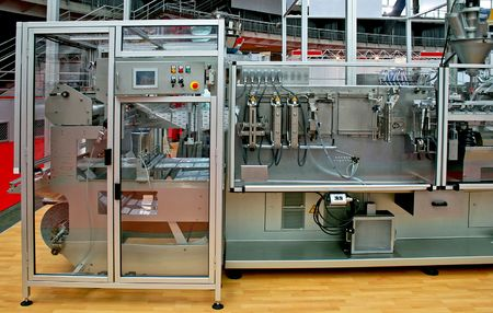 Automated packaging process line with two machines