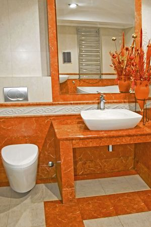 lavabo: Terracotta style bathroom with lot of details