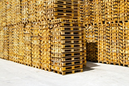 euro pallet: Wooden pallets for cargo and logistic at warehouse