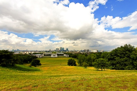 greenwich: Panoramic view of Greenwich park in London