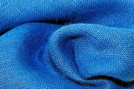 sacco juta: Close up colpo di stoffa blu rugosa  Archivio Fotografico