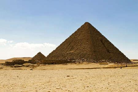 Pyramid of Pharaoh Menakaure at Egypt desert Stock Photo - 9308092