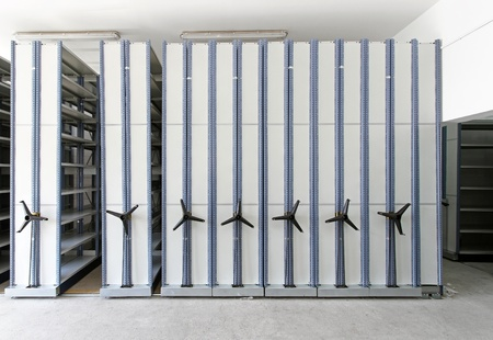 shelving: Automated shelving system with mobile cabinet for documents Stock Photo
