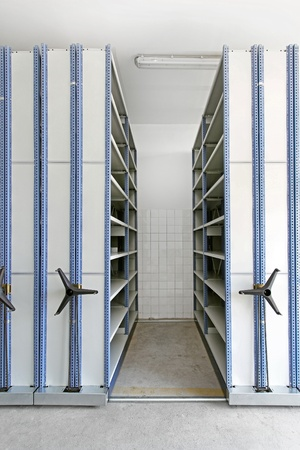 Automated shelving system with mobile cabinet for documents Stock Photo - 11959807
