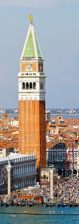 VENICE, ITALY - SEPTEMBER 26: St. Marks campanele tower in Venice on SEPTEMBER 26, 2009. Famous St. Marks campanele tower in Venice, Italy. Stock Photo - 13062780