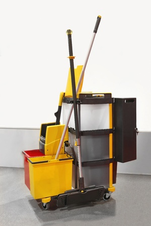 Heavy duty plastica pulizie carrello con tutte le attrezzature