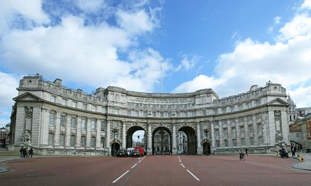 listed buildings: LONDON, ENGLAND - MARCH 5  Admiralty Arch in London on MARCH 5, 2007  Panorama of Admiralty Arch seen from The Mall in London, England  Editorial
