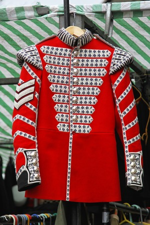ceremonial clothing: Red coat uniform of old British army