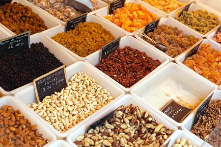nibbles: Dried fruits and nuts at market