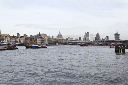 blackfriars bridge: River Thames and Blackfriars Bridge in London