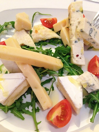 french cuisine: Traditional French cuisine cheese platter