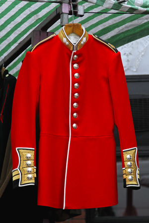 british army: Red coat uniform of old British army