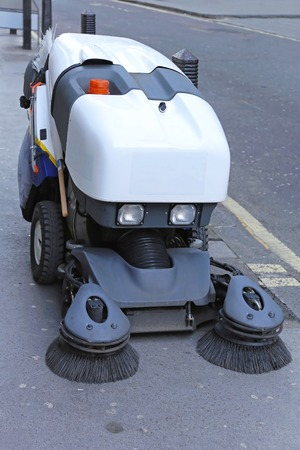 rotating: Street sweeper cleaning vehicle for pavements