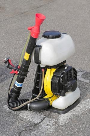 motorizado: Motorizado mochila rociador de la niebla para la agricultura y la jardiner�a