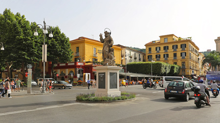 sorrento: SORRENTO, ITALY - JUNE 24: Piazza Tasso in Sorrento on JUNE 24, 2014. Sant Antonino Abate monument at central place and square in Sorrento, Italy.