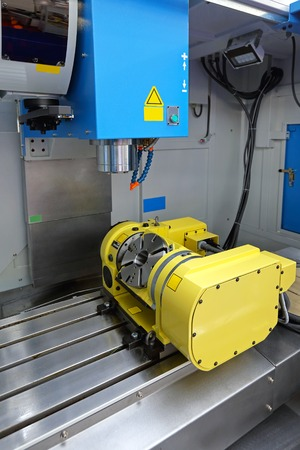 machining center: Milling and machining center tool in workshop