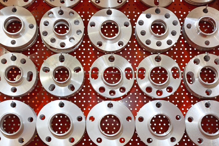 hubs: Wheel Hubs in Various Shapes and Sizes