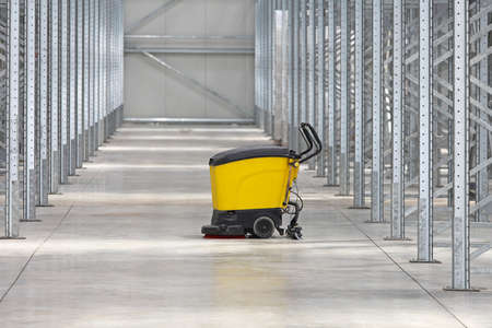 warehouse equipment: Walk Behind Scrubber Machine For Cleaning Warehouse Floor