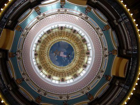 des: Rotunda - main rotunda in the Des Moines Capitol Building, Iowa