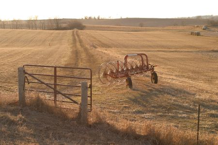 light duty: Wheel Rakes - with gate  - SE Iowa sunset