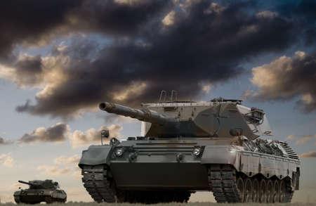 war tank: Europea-construido principales carros de combate prepara para iniciar el enemigo.  Foto de archivo