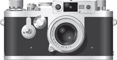 レトロ: 50 mm レンズと古典的なドイツ レンジファインダーカメラの正面図。