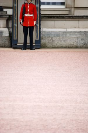 beefeater: image of the guards at buckingham palace