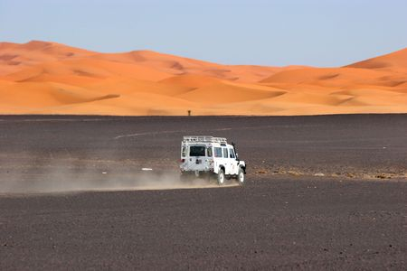 4wd in the sahara, morocco
