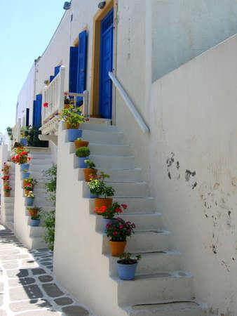 devanture: Escaliers de la porte avant, Paros