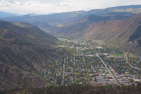 resortes: Glenwood Springs, mirando hacia el sur Foto de archivo