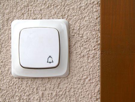 door casing: Door bell
