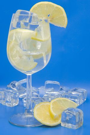 lemony: A cool lemony drink with ice and slices of lemon