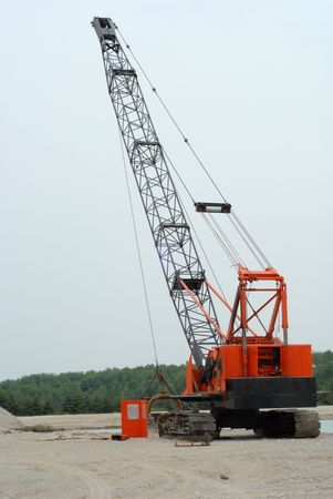 dragline: dragline used to retrieve gravel at underwater gravel pit
