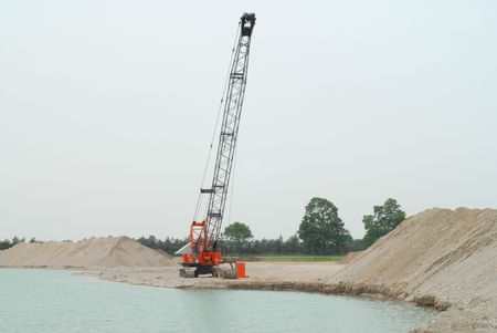 dragline: dragline used to pull gravel out of underwater quarry