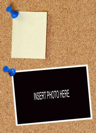bounds: blank note and photo thumb tacked to corkboard Stock Photo