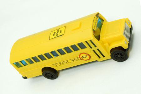 flashers: autob�s escolar amarillo aisladas sobre fondo blanco