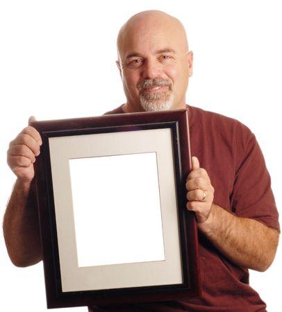homme chauve: l'homme chauve tenue cadre photo isol�e sur fond blanc