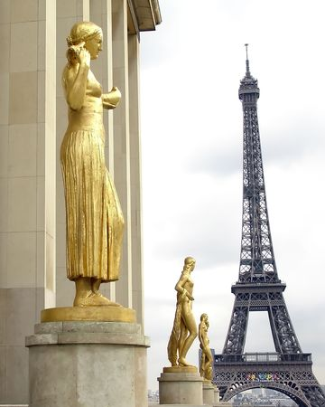 Eiffel Tower in Paris as seen from the Chaillot Palace Stock Photo - 639496