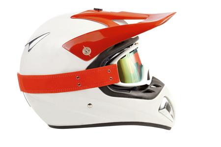 casco moto: Enduro naranja casco de bicicleta motocross aislado en blanco