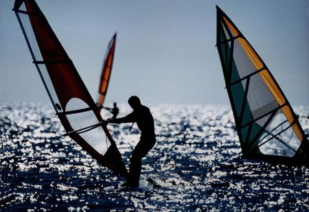 backlights: Windsurfing -Analog capture...  500mm mirror lens. Silvergrains to be seen.