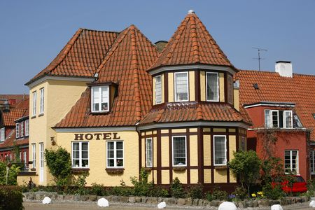 picturesque: Tiny picturesque hotel in good repair - Odense - Denmark.