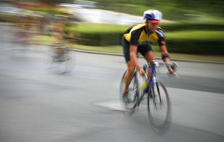 course cycliste: Une �chapp�e � une course de cyclisme professionnel.