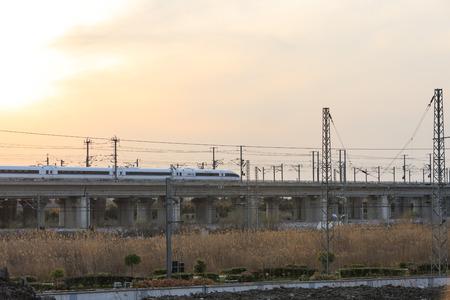 parking facilities: Conduce el tren de alta velocidad