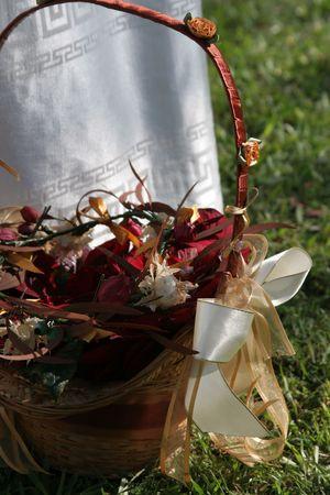 flowergirl: Flowergirls wedding basket with ribbon Stock Photo