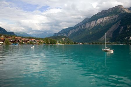 canton berne: This is a view of Lake Brienz in the district of Interlaken in the canton of Berne in Switzerland.