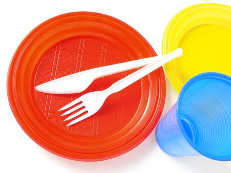 throwaway: colorful plastic tableware set for picnic