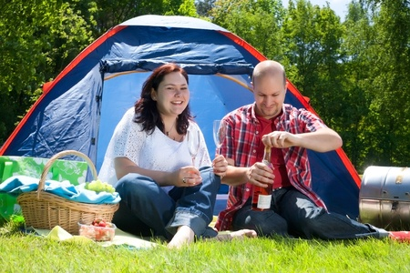bivouac: alcohol, backpack, bivouac, blank, camping, Caucasian, champagne, Cheerful, couple, encamp, eye contact, family, friendly, friendship, fun, glass, glasses, happiness, happy, landscape, laughing, lifestyle, love, lovers, married, nature, outdoors, prosecco LANG_EVOIMAGES