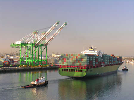 seaport: A container ship in the seaport of Los Angeles