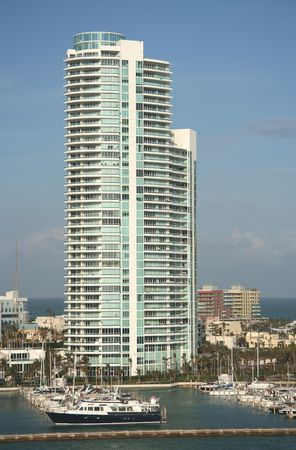 oceanfront: Building at the oceanfront of Miami South Beach